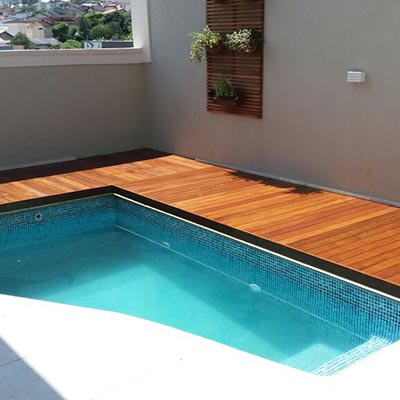 Deck madeira cumaru em Guarulhos